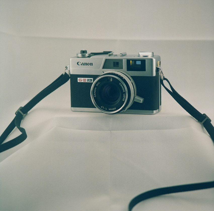 Canon Canonet QL17 Giii camera