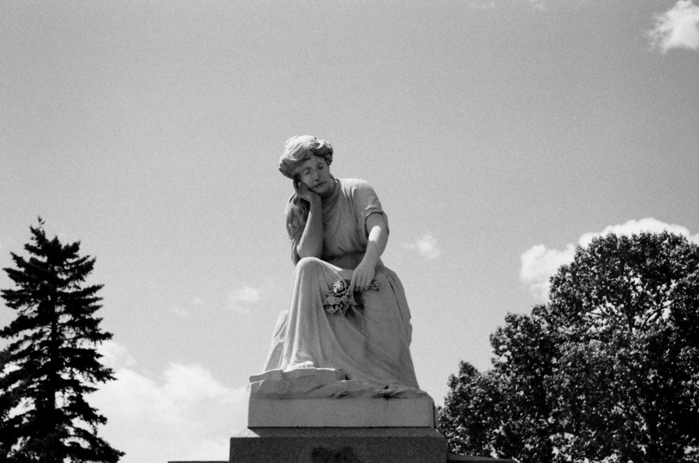 Breckenridge statue