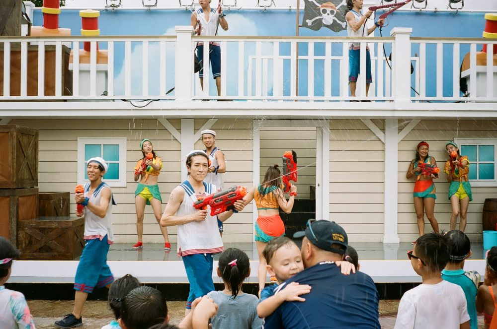 audience gets soaked at Ocean Park, Hong Kong