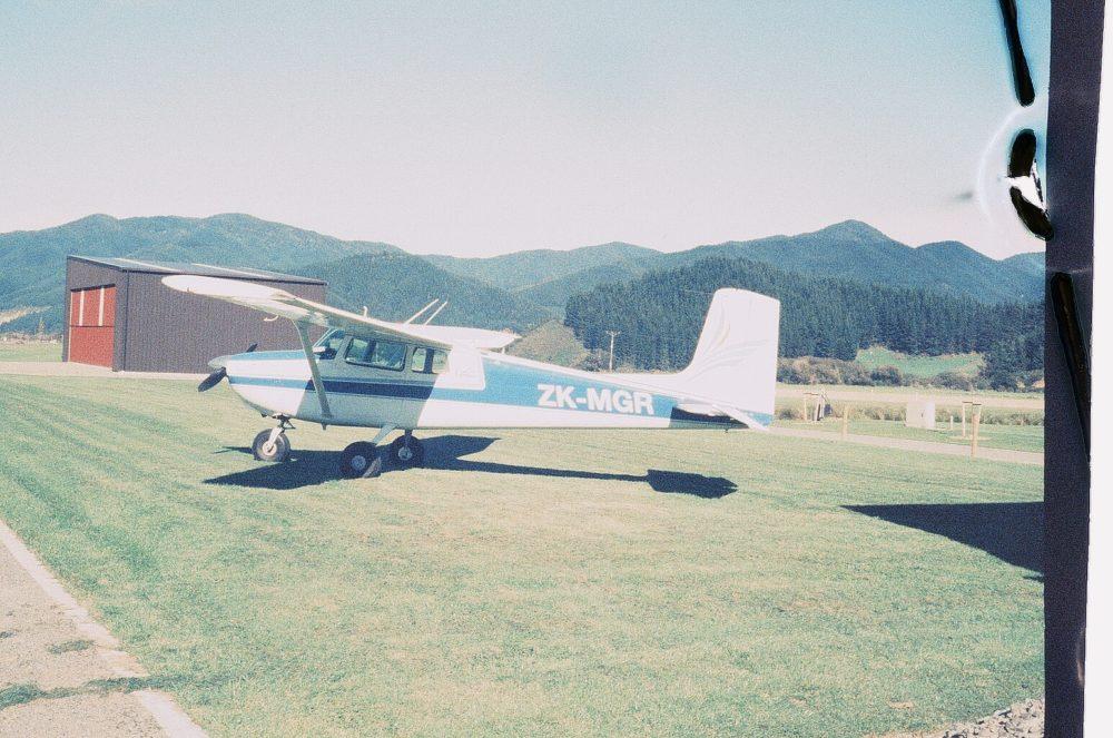 Pelorus Air Cessna 172