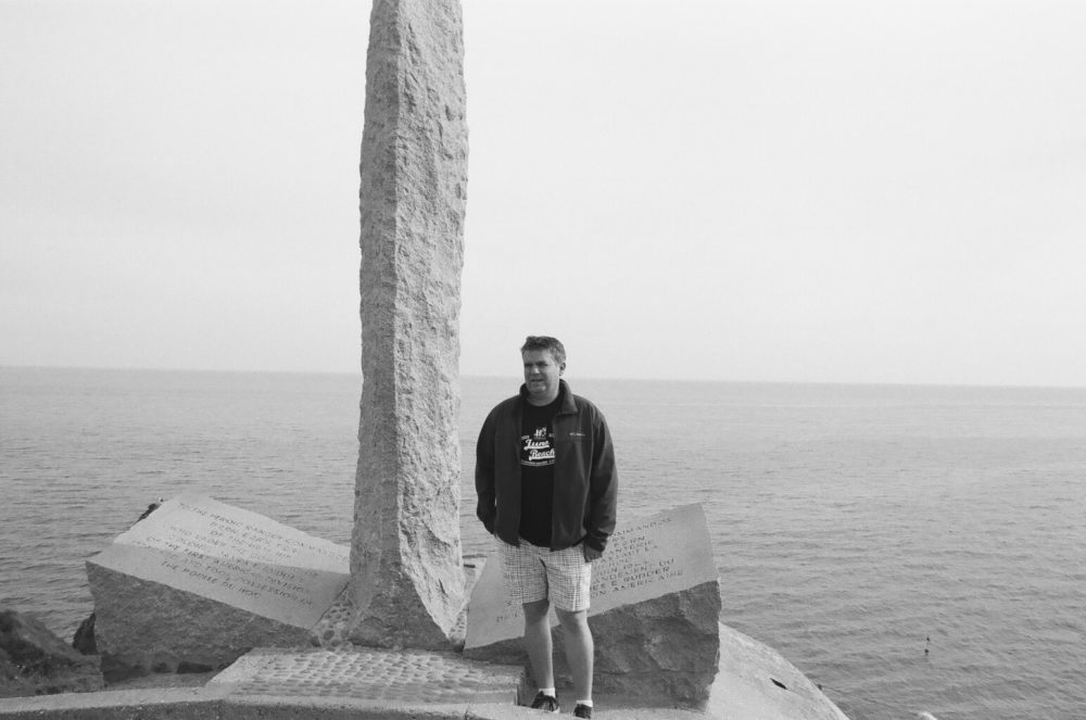 US Army Rangers Memorial, Pointe du Hoc