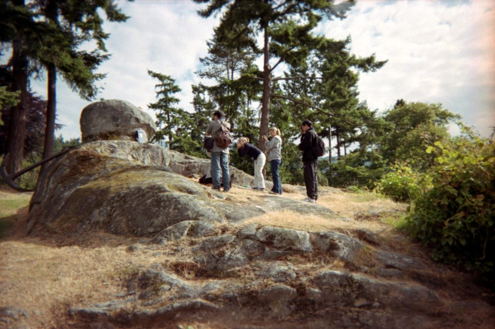 geology students examine a rock