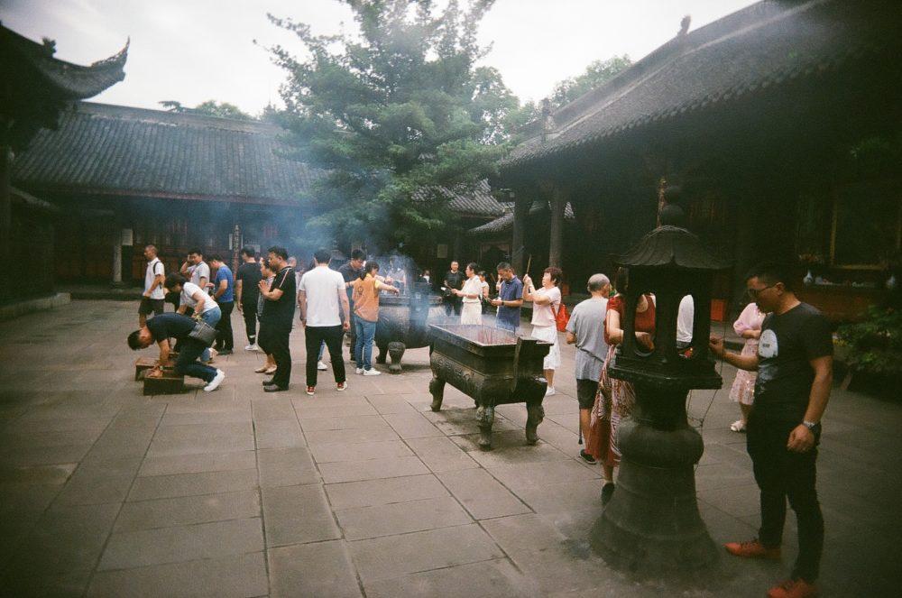 inside Wenshu Monastery, Chengdu